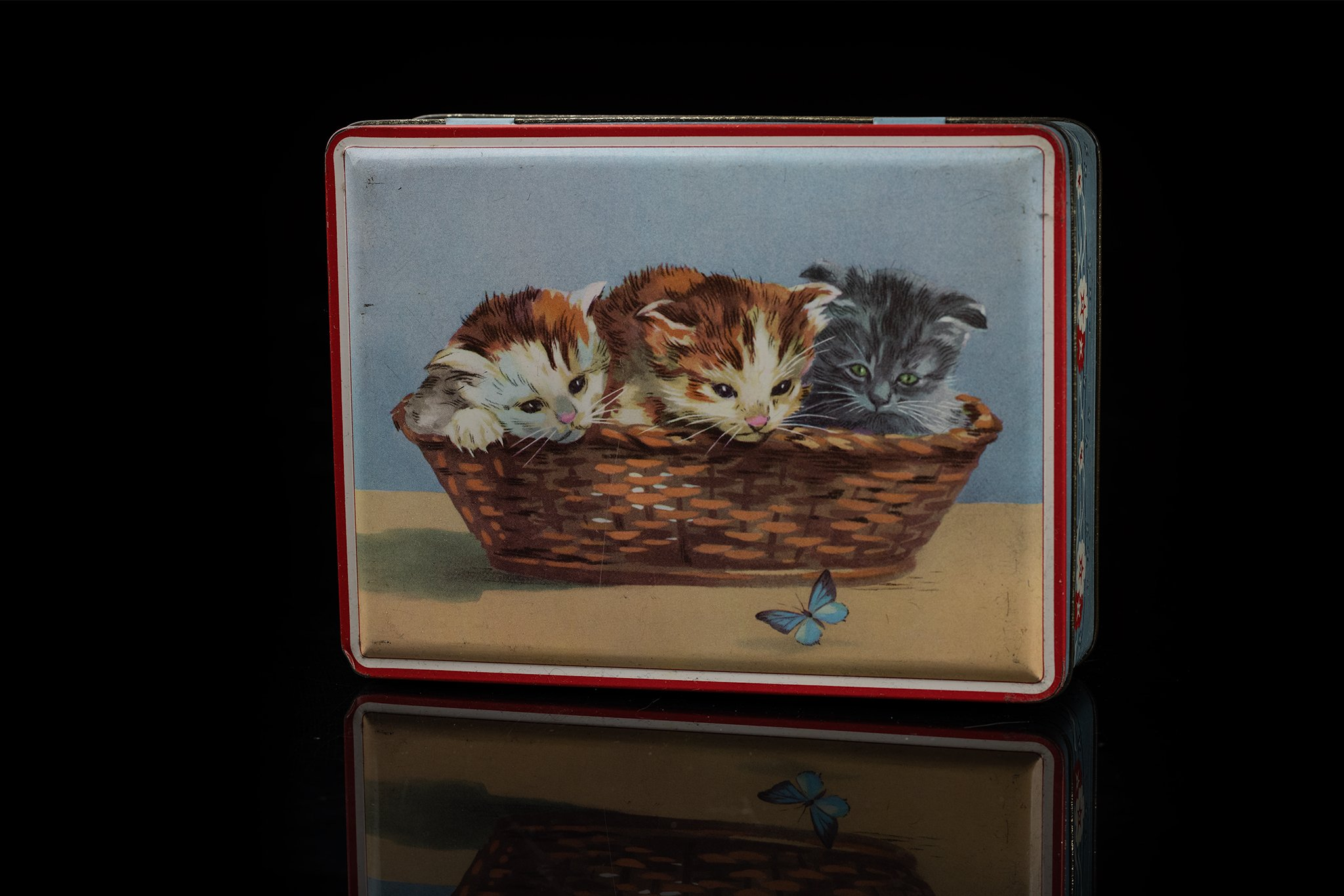 Vintage-tin-cat-box18