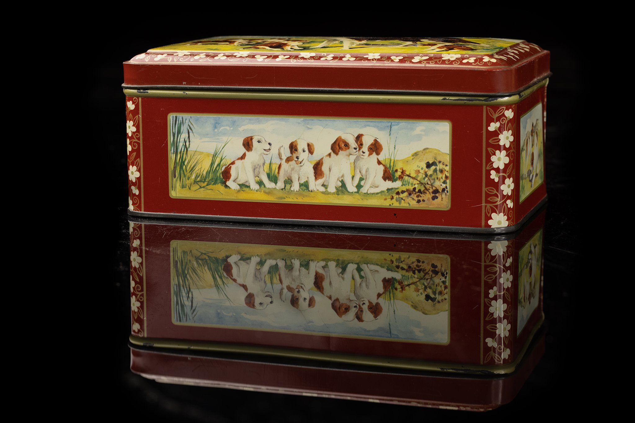vintage-tin-dog-box-collies1